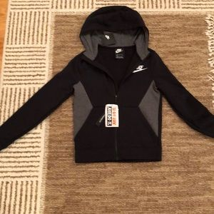 NWT Boys size small NIKE hoodie sweater
